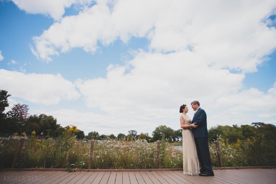 Lincoln Park Zoo wedding portraits