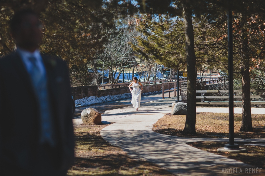 They Had A Lovely Starved Rock Wedding Celebration This Past March And I Was Honored To Photograph It Below Are Some Of My Faves