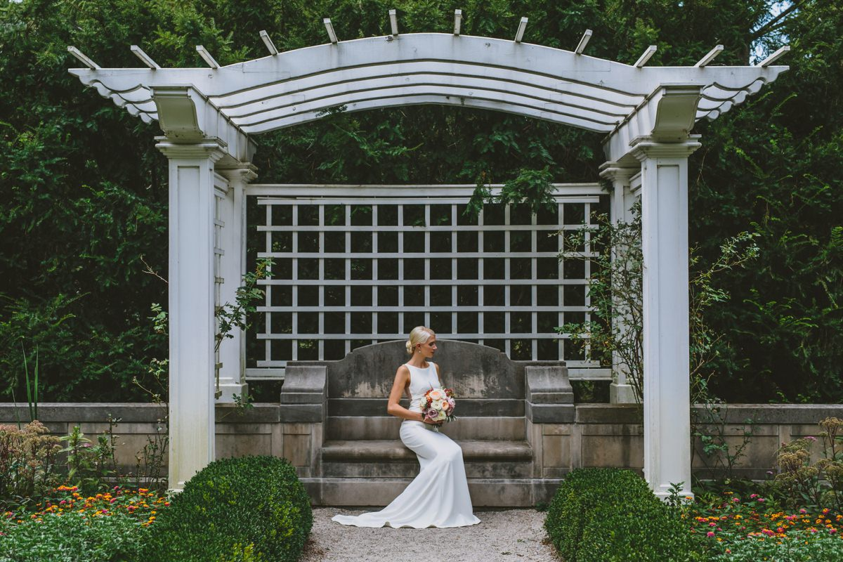 indianapolis-bride-lilly-house-gardens