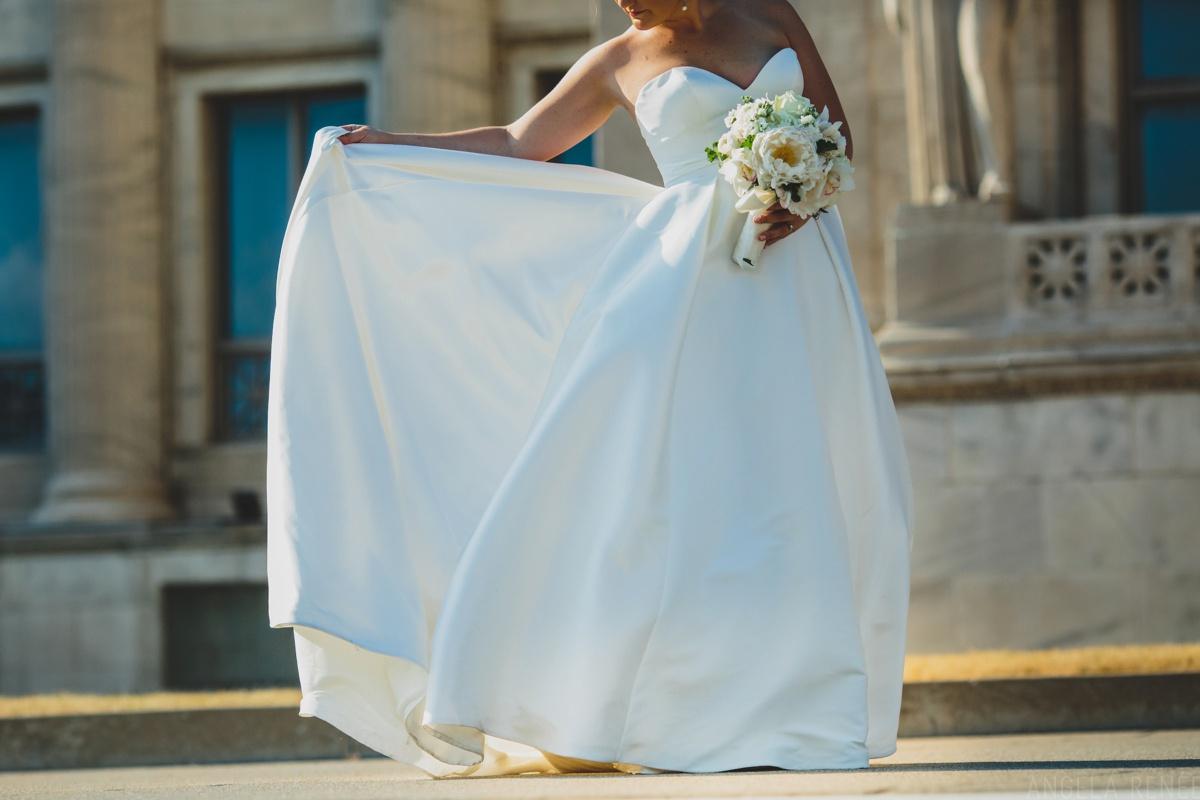 bride-dress-detail